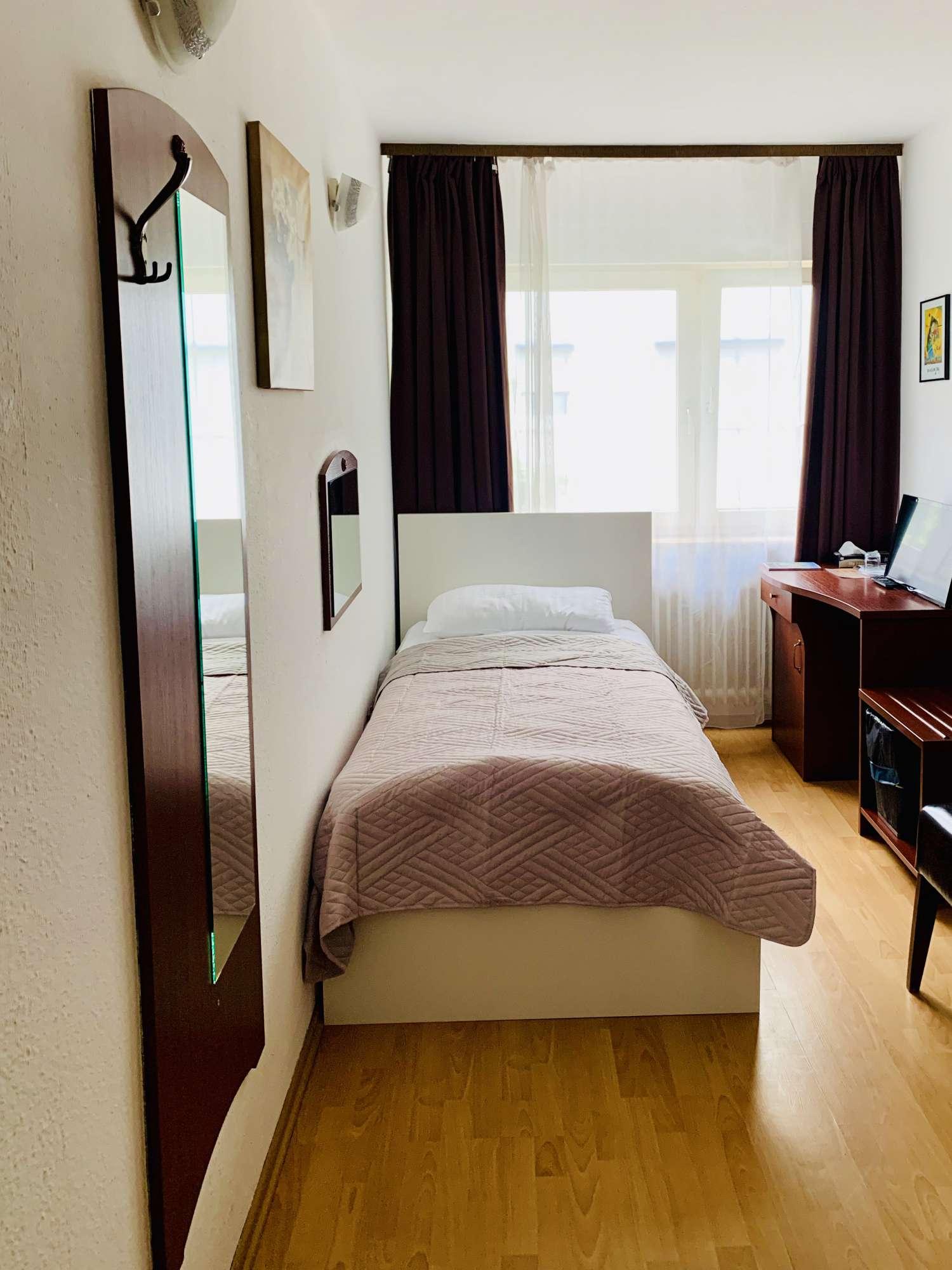 Einzelzimmer-Bett-2