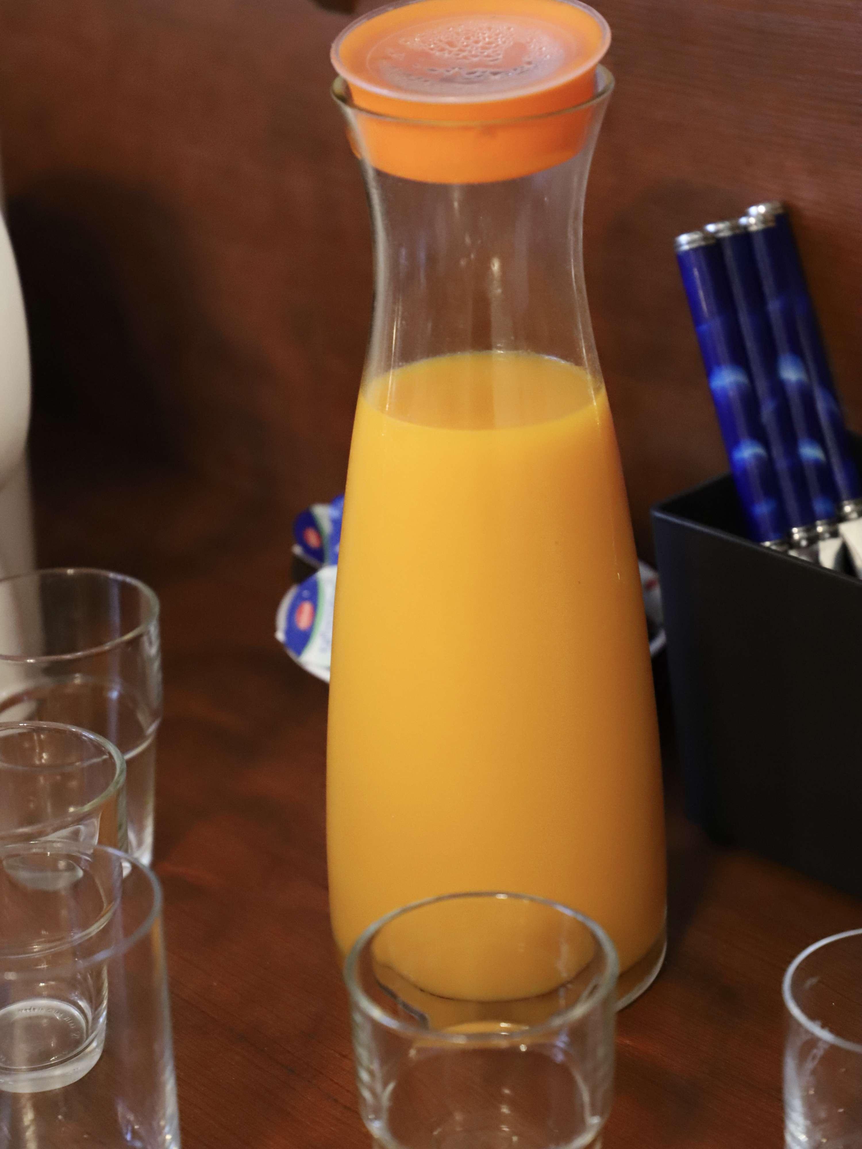 Saft-hotel-frühstück